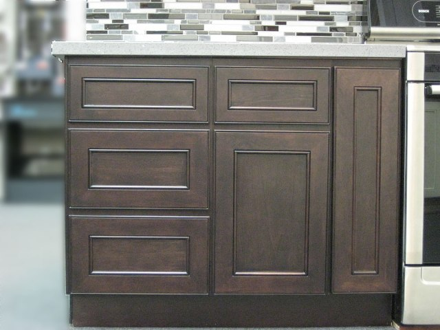DISCONTINUED Chocolate Maple recessed Panel Kitchen Cabinets